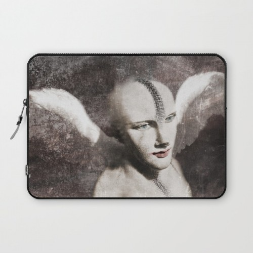 Tamed II Laptop sleeve